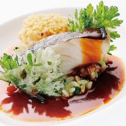 _シェフおすすめ四季の魚料理-350.jpg